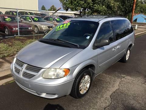 2005 Dodge Grand Caravan for sale at Car Safari LLC in Independence OR