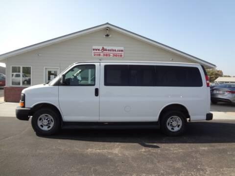 2013 Chevrolet Express Passenger for sale at GIBB'S 10 SALES LLC in New York Mills MN