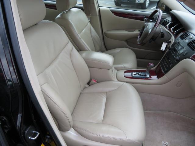 2002 Lexus ES 300 for sale at E-Z Auto, Inc. in Memphis TN