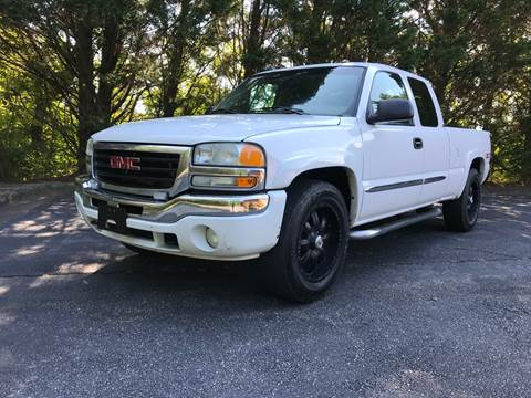 2005 GMC Sierra 1500 for sale at Lenoir Auto in Lenoir NC
