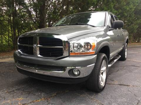 2006 Dodge Ram Pickup 1500 for sale at Lenoir Auto in Lenoir NC
