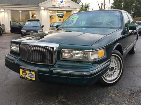 1995 Lincoln Town Car for sale in Elgin, IL
