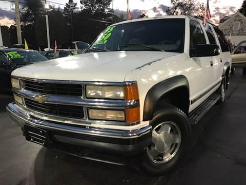 1995 Chevrolet Suburban for sale in Elgin, IL