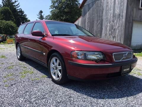 2003 Volvo V70 for sale at Waltz Sales in Gap PA