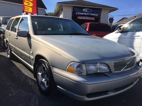 2000 Volvo V70 for sale in Gap PA