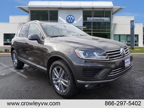 2016 Volkswagen Touareg for sale in Plainville, CT