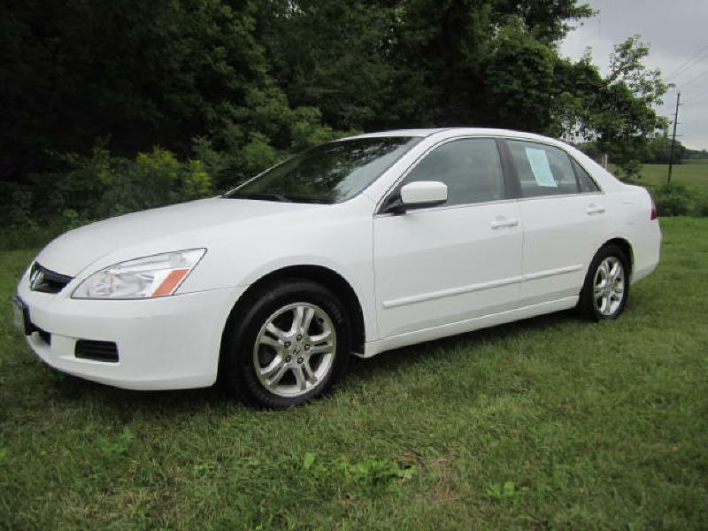 2007 Honda Accord For Sale At The Car Lot In New Prague MN