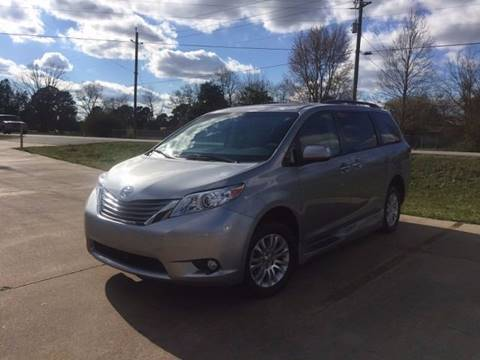 2012 Toyota Sienna for sale in Grimes, IA