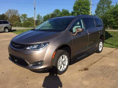 2017 Chrysler Pacifica for sale in Grimes, IA
