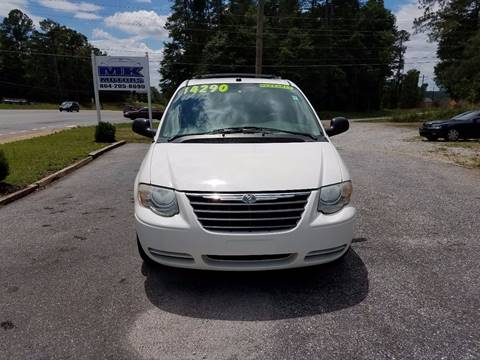 2005 Chrysler Town and Country for sale at Lyman Autogroup LLC. in Lyman SC