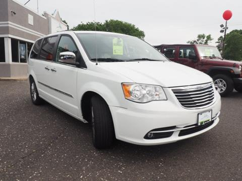 2014 Chrysler Town and Country for sale in Deptford NJ