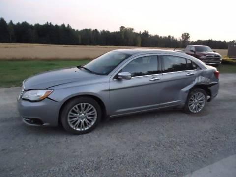 2013 Chrysler 200 for sale in Filion, MI