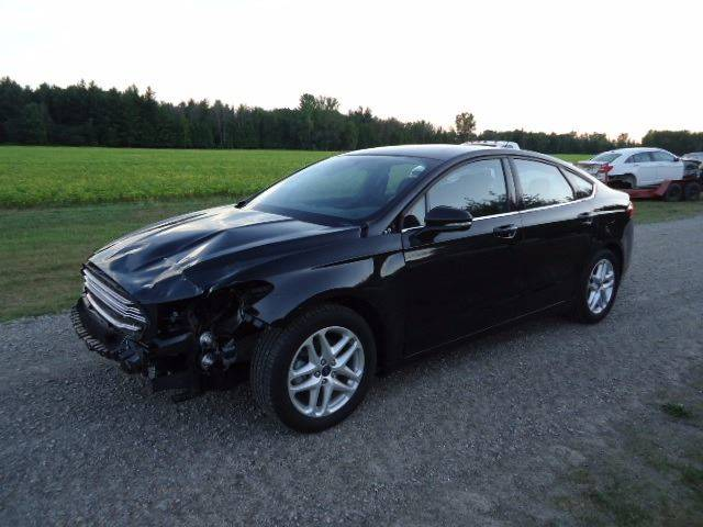 Town And Country Auto >> 2015 Ford Fusion Se In Filion Mi Town Country Auto