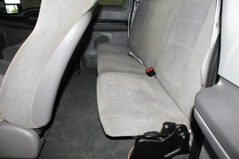 2004 Ford F-350 Super Duty for sale at Apple Auto in La Crescent MN