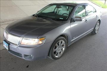 2006 Lincoln Zephyr for sale at Apple Auto in La Crescent MN