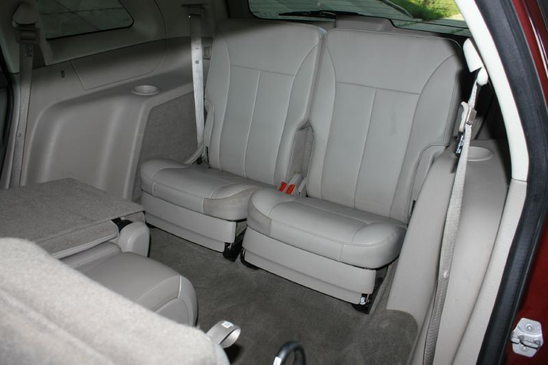 2007 Chrysler Pacifica for sale at Apple Auto in La Crescent MN