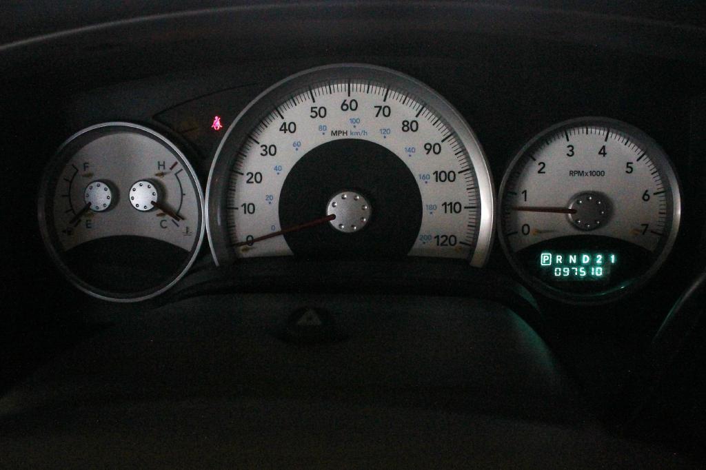 2006 Dodge Durango for sale at Apple Auto in La Crescent MN