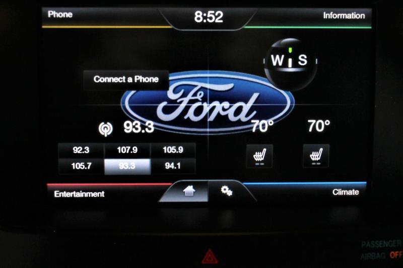 2011 Ford Edge for sale at Apple Auto in La Crescent MN