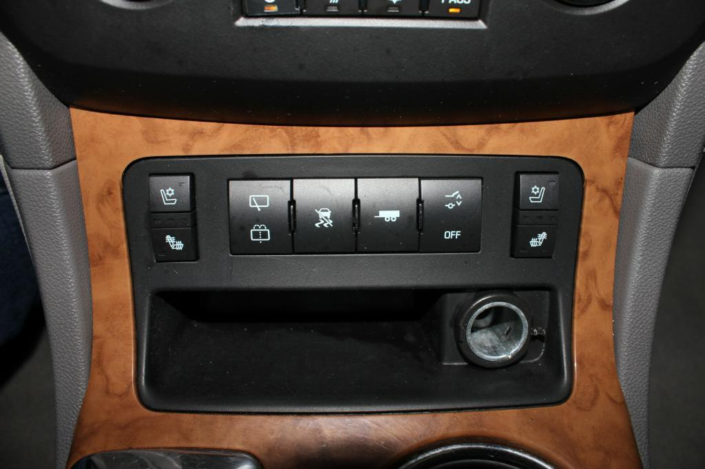 2009 Buick Enclave for sale at Apple Auto in La Crescent MN