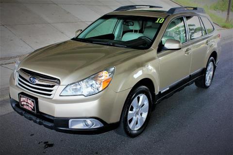 2010 Subaru Outback for sale in La Crescent, MN