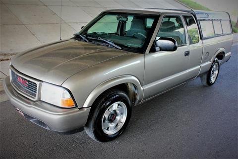 2001 GMC Sonoma for sale in La Crescent, MN