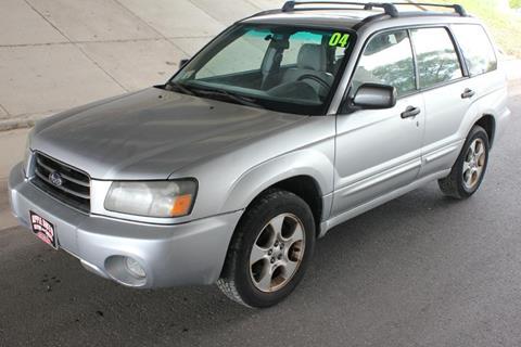 2004 Subaru Forester for sale at Apple Auto in La Crescent MN
