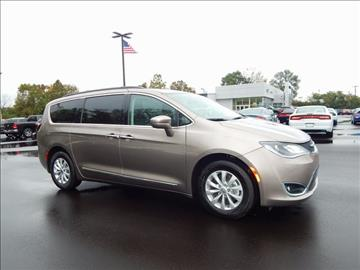 2017 Chrysler Pacifica for sale in Richmond, IN
