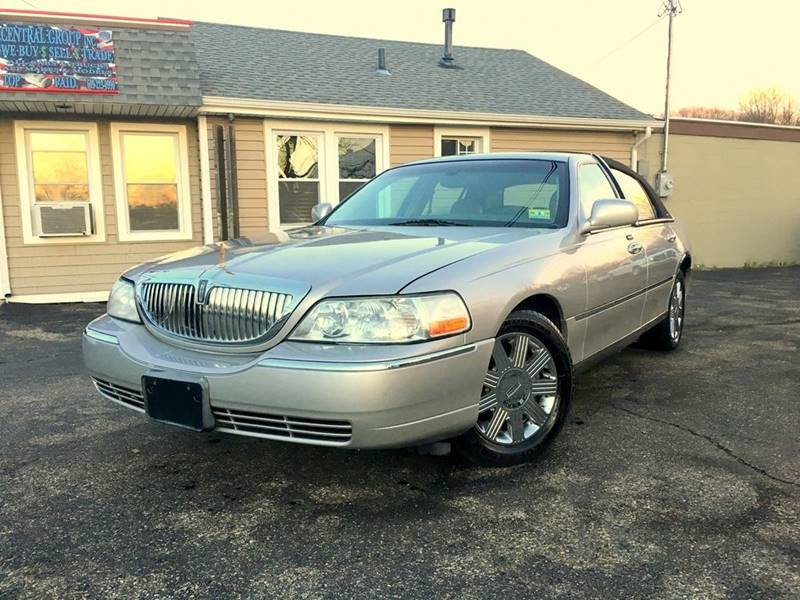 2004 Lincoln Town Car Ultimate In Robbinsville Nj Central Group