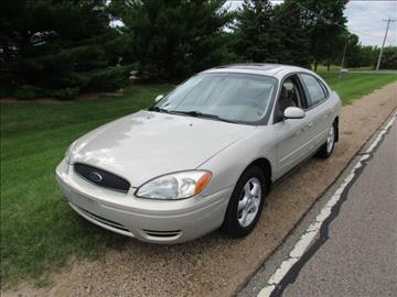 2004 Ford Taurus for sale at HUDSON AUTO MART LLC in Hudson WI