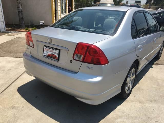 2004 Honda Civic for sale at CALIFORNIA AUTO FINANCE GROUP in Fontana CA