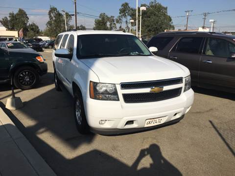 2009 Chevrolet Suburban for sale at CALIFORNIA AUTO FINANCE GROUP in Fontana CA