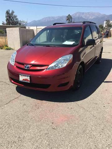 2007 Toyota Sienna for sale at CALIFORNIA AUTO FINANCE GROUP in Fontana CA