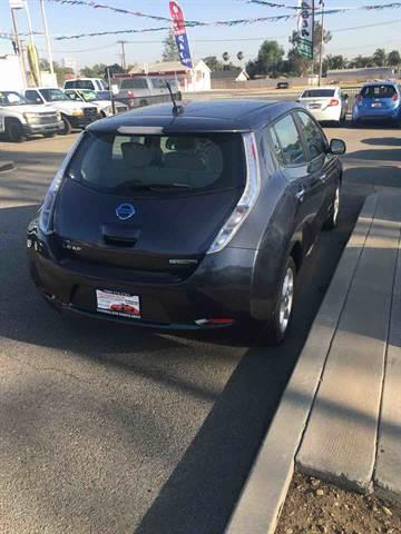 2013 Nissan LEAF for sale at CALIFORNIA AUTO FINANCE GROUP in Fontana CA