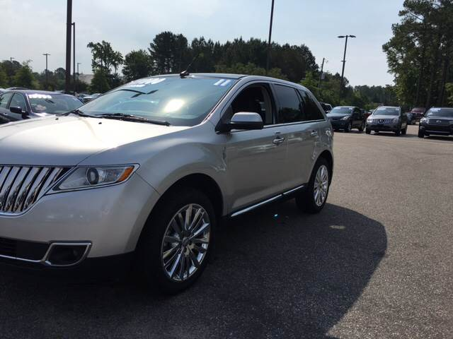2011 Lincoln MKX for sale at Oceanside Motor Company in Wilmington NC