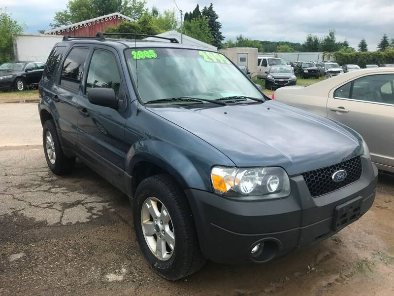 2005 Ford Escape for sale at Don's Sport Cars in Hortonville WI