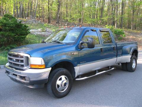 2001 Ford F-350 Super Duty for sale at Right Pedal Auto Sales INC in Wind Gap PA