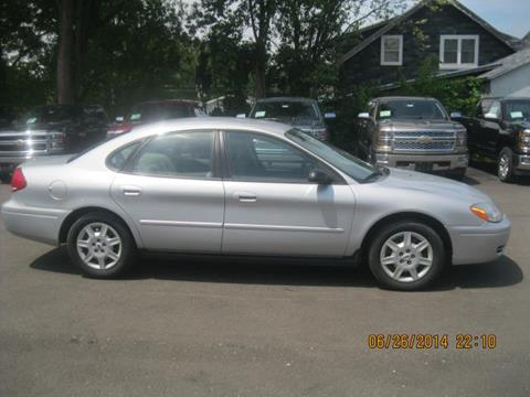 2007 Ford Taurus for sale in Ellsworth, WI