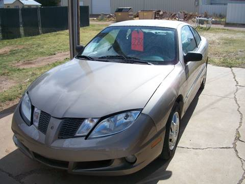 2004 Pontiac Sunfire for sale at W & W MOTORS in Clovis NM