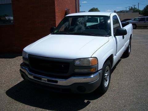 2005 GMC Sierra 1500 for sale at W & W MOTORS in Clovis NM