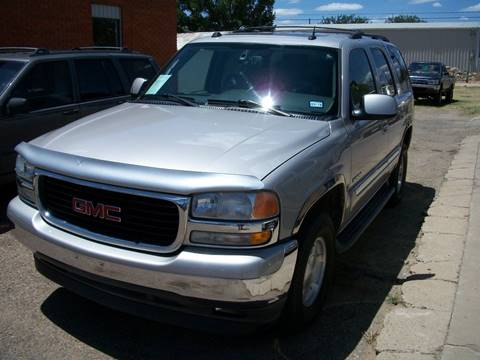 2005 GMC Yukon for sale at W & W MOTORS in Clovis NM