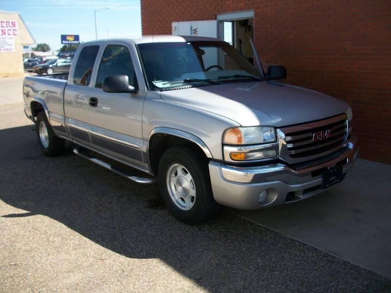 2004 GMC Sierra 1500 for sale at W & W MOTORS in Clovis NM