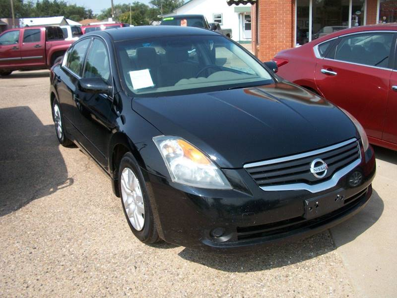 2009 Nissan Altima for sale at W & W MOTORS in Clovis NM