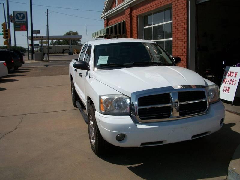 2005 Dodge Dakota for sale at W & W MOTORS in Clovis NM