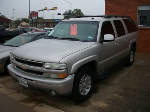 2004 Chevrolet Suburban for sale at W & W MOTORS in Clovis NM