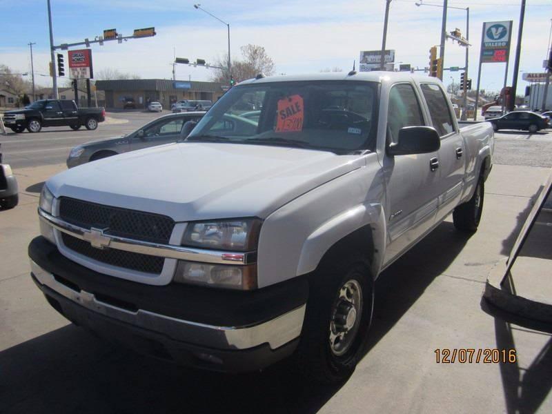 2004 Chevrolet Silverado 2500 for sale at W & W MOTORS in Clovis NM