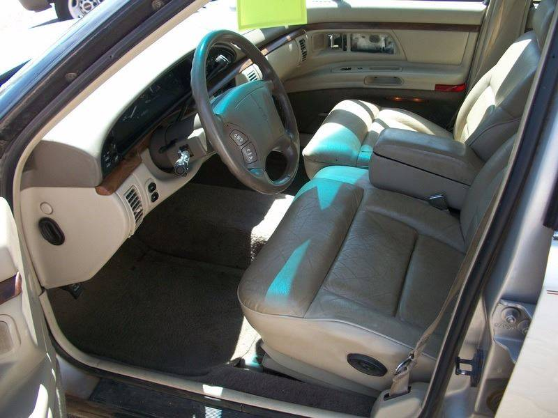 1996 Oldsmobile Ninety-Eight for sale at W & W MOTORS in Clovis NM