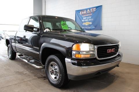 2000 GMC Sierra 2500 for sale in Bay City, MI