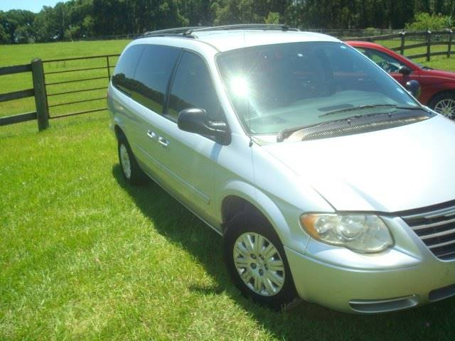 2006 Chrysler Town and Country for sale at WILLIAMS CLASSIC CARS in Ocala FL