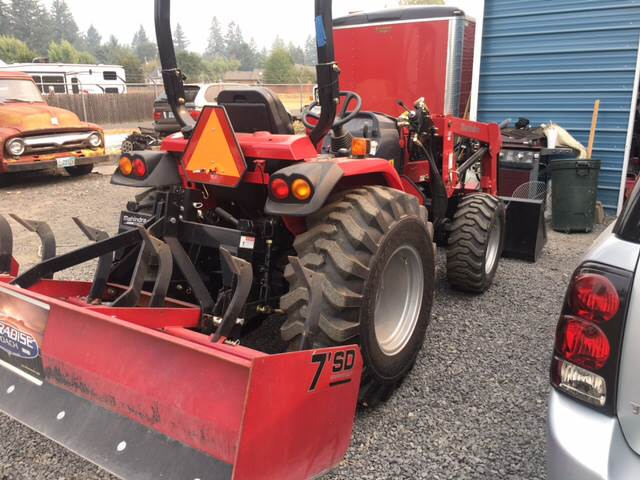 2017 Mahindra 2538 for sale at Paradise Motors Inc in Sweet Home OR