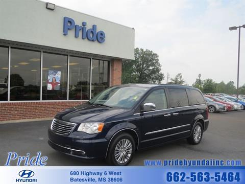 2014 Chrysler Town and Country for sale in Batesville, MS
